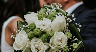 blurred-background-bouquet-bridal-948185.jpg